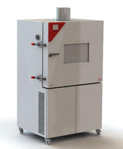 Customized dynamic climate chamber of the MK Series with additional protective measures for performance tests
